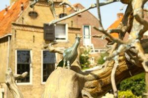 Paradiesvögel. Hindeloopen -Elfstädtetour
