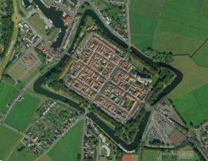 Quadratisch Elburg. Beeld van Google Earth.