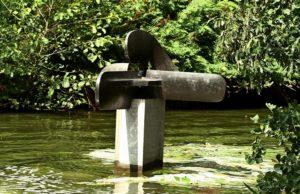 Kunst in Amsterdamer Wald. Foto Edwin Pijpe